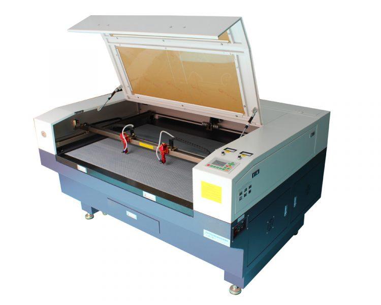 plusieurs-tetes-laser